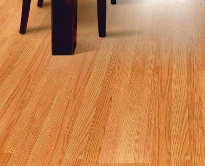 接着剤を使わない床材